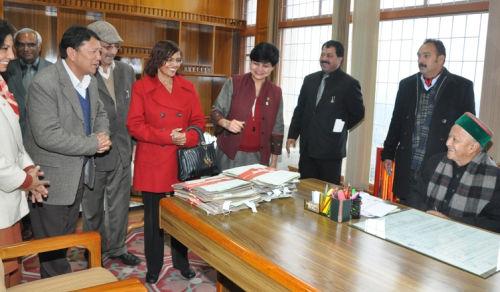 IFS Association meet Virbhadra Singh
