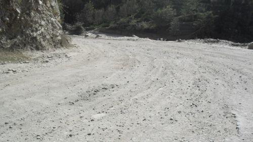 Theog-Hatkoti-Rohru road