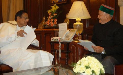 Virbhadra Singh meets P. Chidambaram