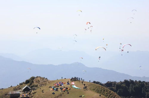 pre-World Cup paragliding in himachal
